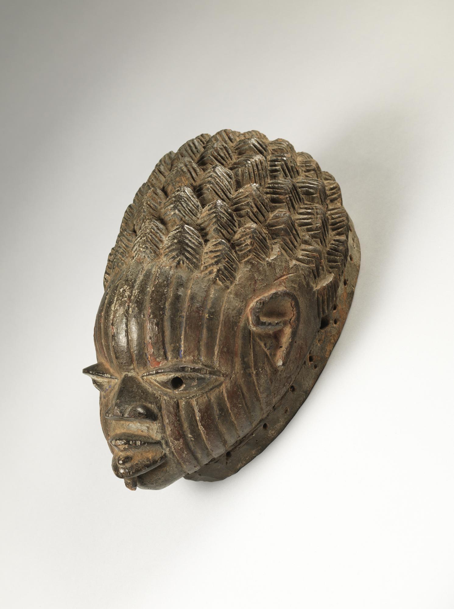 Yorùbá artist: Gelede headdress, 19th century.(2011-62)