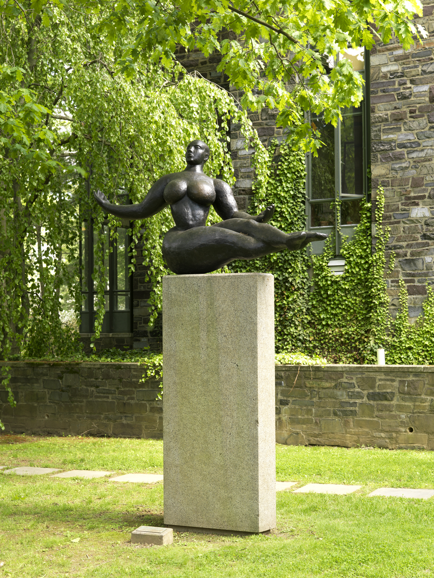 Gaston Lachaise, American, 1882–1935: Floating Figure, 1927. Cast bronze, h. 131.5 cm, l. 218.5 cm. The John B. Putnam Jr. Memorial Collection, Princeton University (y1969-72). Photo: Bruce M. White